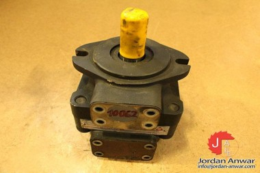 ATOS-PFE-320283DT-FIXED-DISPLACEMENT-VANE-PUMP_675x450.jpg