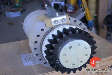DELTA-SOLUTIONS-5020-P4-021350-AZIMUTH-GEARBOX_675x450.jpg