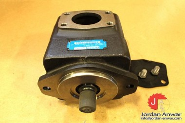 DENISON-T6E-072-3R00-A1-INDUSTRIAL-HYDRAULIC-FIXED-DISPLACEMENT3_675x450.jpg