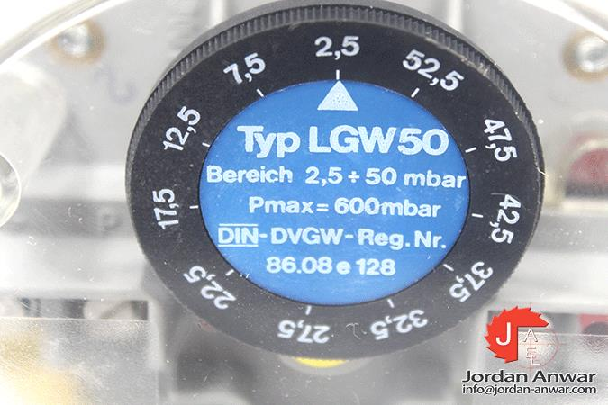 DUNGS-LGW-50-053-587-DIFFERENTIAL-PRESSURE-SWITCH5_675x450.jpg