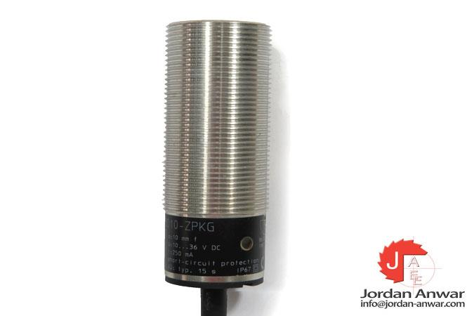 IFM-DI5003-COMPACT-EVALUATION-UNIT-FOR-SPEED-MONITORING-4_675x450.jpg