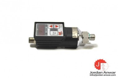 IPF-ELECTRONIC-DW35310D-PRESSURE-SWITCH_675x450.jpg