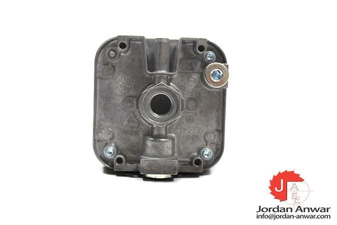 KROM-SCHRODER-DG150U-3-GAS-PRESSURE-SWITCH3_675x450.jpg