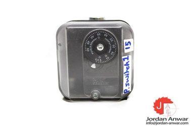 KROM-SCHRODER-DG50U-3-84447350-GAS-PRESSURE-SWITCH3_675x450.jpg