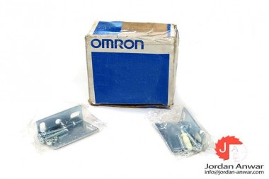 OMRON-E3JM-10M4-G-PHOTOELECTRIC-SWITCH-SENSOR3_675x450.jpg