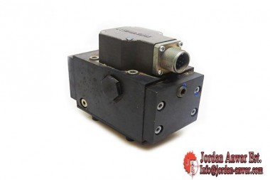 REXROTH-4WS2EM10-SERVO-DIRECTIONAL-CONTROL-VALVE-OF-4-WAY-DESIGN3_675x450.jpg