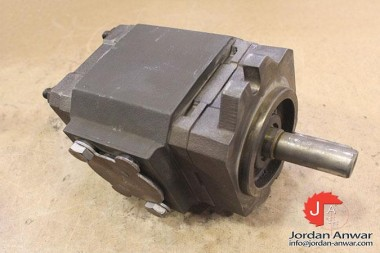 REXROTH-PGH4-21063RE07VU2-INTERNAL-GEAR-PUMP-FIXED-DISPLACEMENT3_675x450.jpg