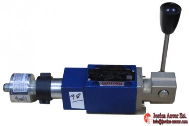 REXROTH-R900917926-DIRECTIONAL-SPOOL-VALVES-DIRECT-OPERATED_675x450.jpg