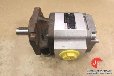 REXROTH-R900932267-INTERNAL-GEAR-PUMP3_675x450.jpg