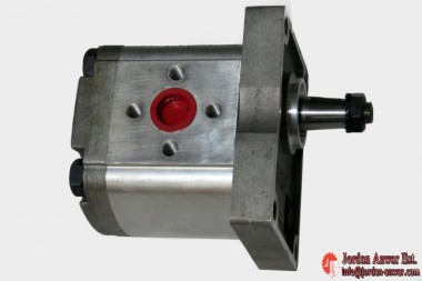 Refluid-17009-GEAR-PUMP-GR-2-14-CC-CLOCKWISE_675x450.jpg
