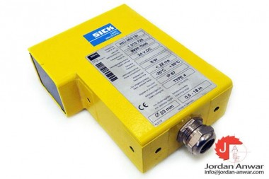 SICK-WSU-262-130-Photoelectric-sensor3_675x450.jpg