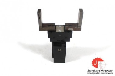SOMMER-AUTOMATIC-DGP404N-PARALLEL-ROTARY-GRIPPER-ACTUATOR3_675x450.jpg