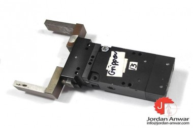 SOMMER-AUTOMATIC-DGP404N-PARALLEL-ROTARY-GRIPPER-ACTUATOR_675x450.jpg