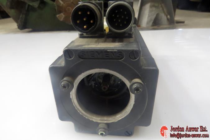 Siemens-1-FT5046-1AF71-3EA0-Permanent-Magnet-Motor3_675x450.jpg