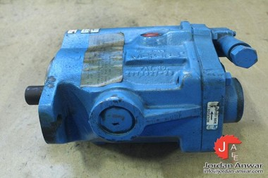 VICKERS-PVB29-LS-20-C-11-AXIAL-PISTON-PUMP-VARIABLE-DISPLACEMENT3_675x450.jpg