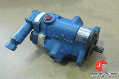 VICKERS-PVB5-RS-20-C-11-S124-VARIABLE-DISPLACEMENT-PISTON-PUMP_675x450.jpg