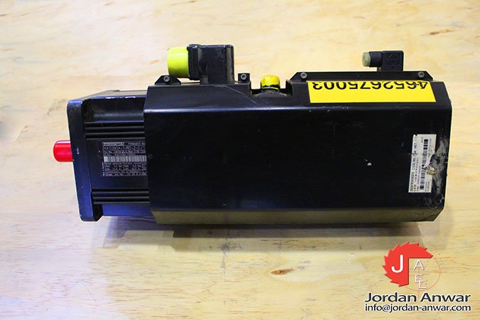 indramat-MAC090A-1-RD-2-C/110-A-1-servo-motor