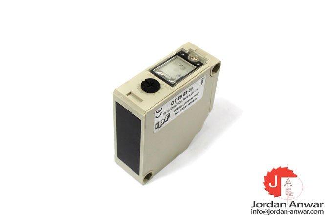 ipf-OT585900-photoelectric-diffuse-sensor