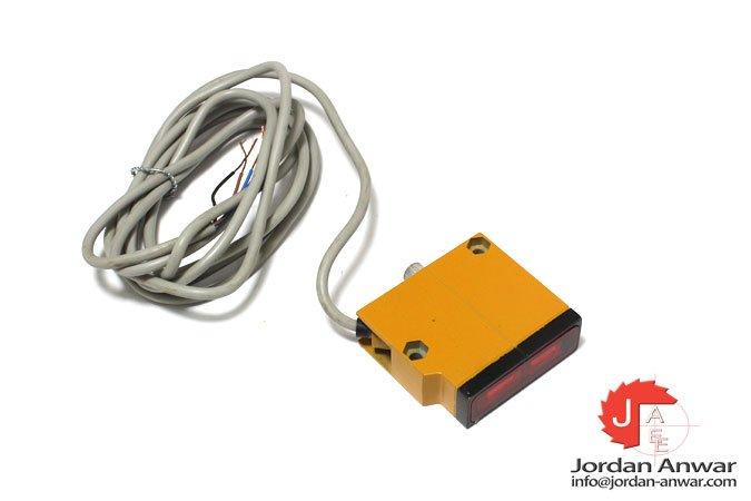 omron-E3S-LS20XB4-photoelectric-sensor