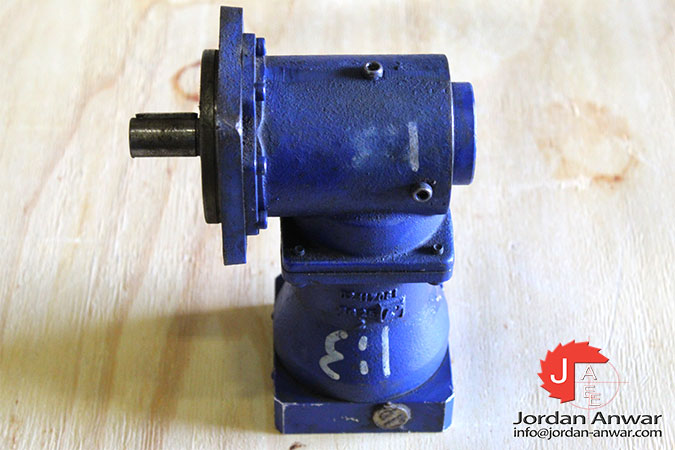 alpha-SK-075-MF1-3-131-000-hypoid-gearboxes