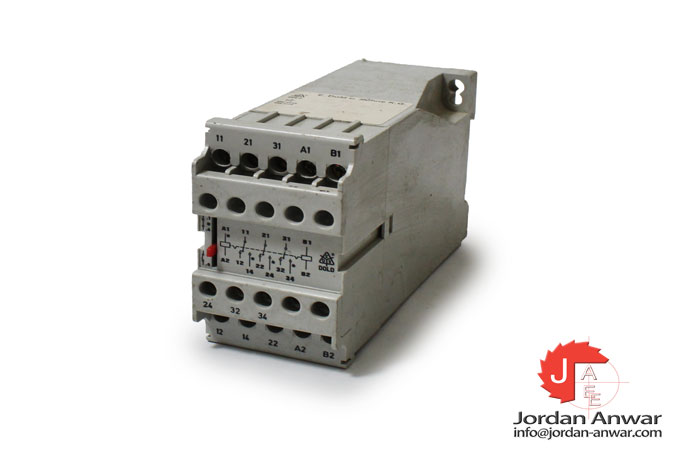 dold-AD-8851.13-latching-relay