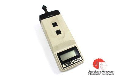 lucus-MICROTACH-8300-digital-hand-tachometer