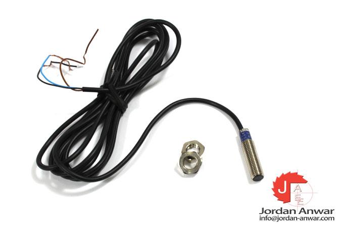 telemecanique-XS1N08PA340-inductive-sensor
