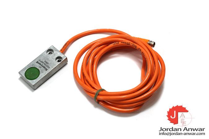 honeywell-922FS5-A9P-F-Z943-inductive-proximity-sensor