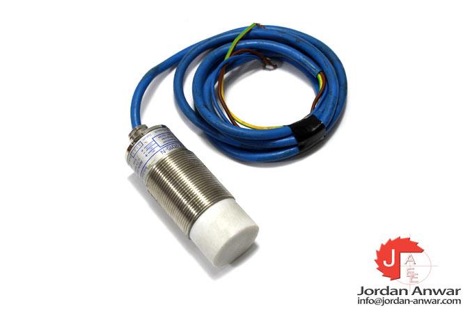ifm-KX5001-capacitive-sensor