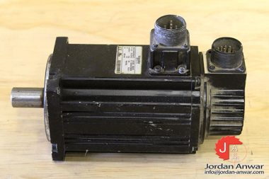 schneider-BCH1002O02A1C-servo-motor