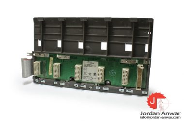schneider-DTA-201_AS-HDTA-201-tsx-compact-5-slots-secondary-subrack