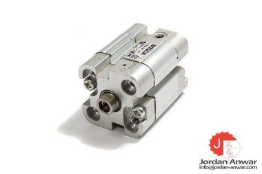 bosch-0-822-491-001-compact-cylinder