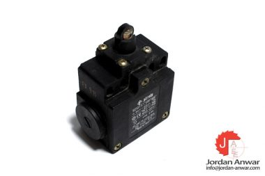 pizzato-FX-915-limit-switch