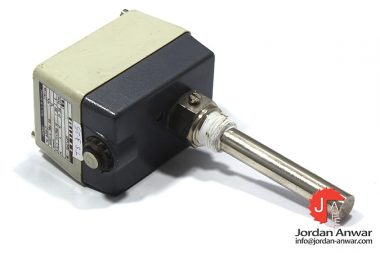 jumo-ATH-2-surface-mounted-thermostat