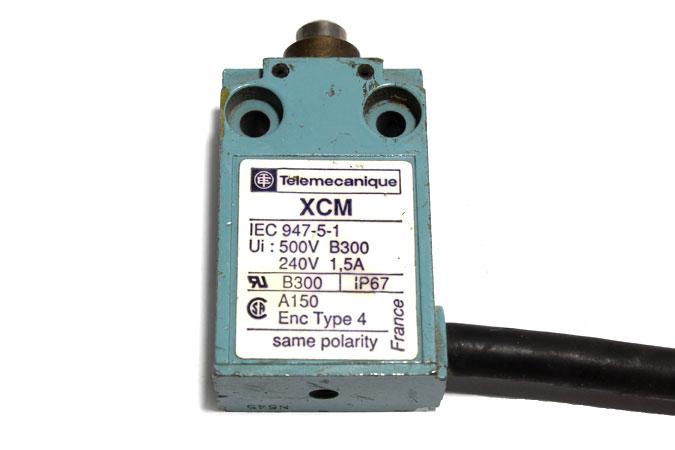 TELEMECANIQUE XCM-A110 LIMIT SWITCH