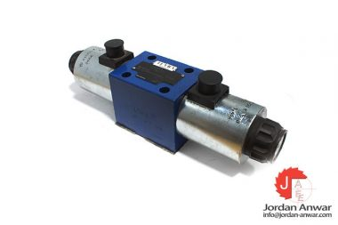 luvra-R900923624-solenoid-operated-directional-valve