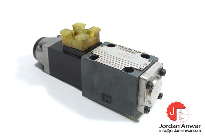 Rexroth-4WE-6-D52_AG24NZ4-solenoid-operated-directional-valve