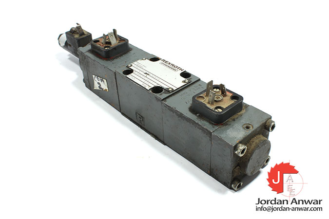 Rexroth-4WRE-6-W32-11_24Z4_M-solenoid-operated-directional-valve