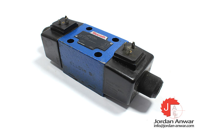 Rexroth-R900911868-solenoid-operated-directional-valve
