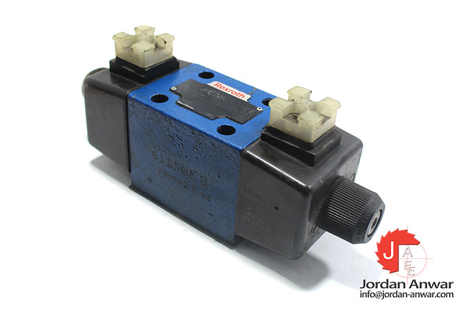 Rexroth-R900911869-solenoid-operated-directional-valve