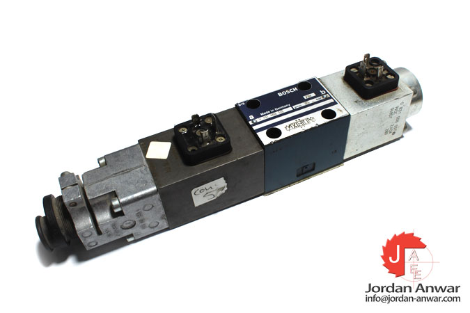 bosch-0-811-404-121-servo-solenoid-directional-control-valve