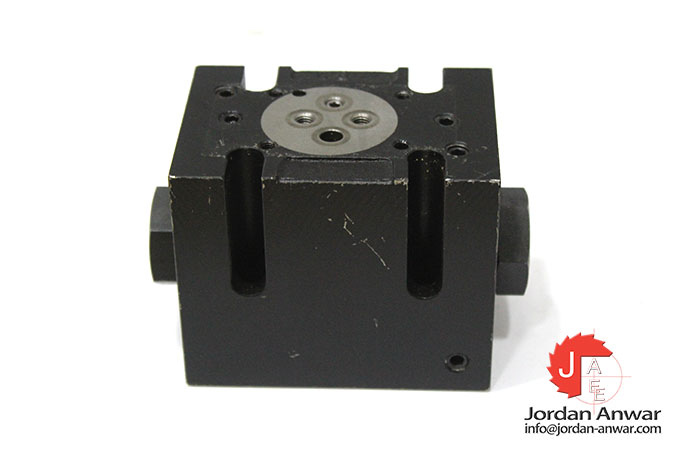 parker-D31DW-1-C-4-N-J-W-75 -pilot-operated-directional-control-valve