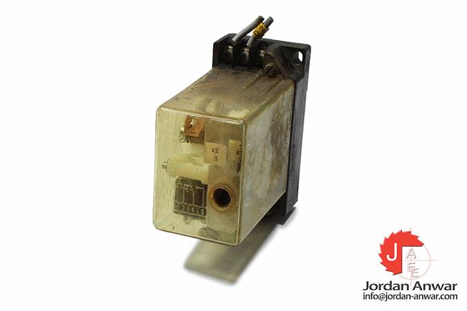 siemens-7PN5051-1_Z50B-time-relay