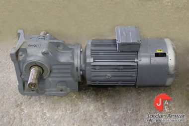 sew-K77-DRL132S4BE11HR_TH_AS7W-helical-bevel-gearmotor