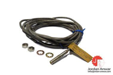 omron-E2E-X1B1-G-miniature-cylindrical-proximity-sensor