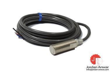 omron-E2EG-X2C1-cylindrical-proximity-sensor
