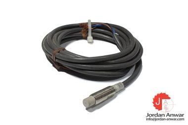omron-E2EG-X2MB1-cylindrical-proximity-sensor