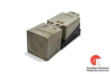 omron-E2Q2-N30MY4-H-rectangular-proximity-sensor