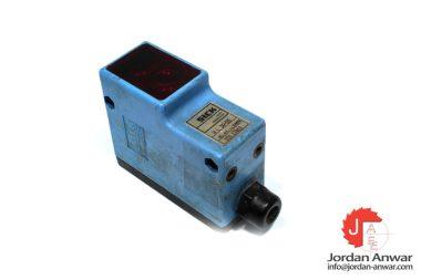 sick-WL30-03-photoelectric-reflex-sensor-1