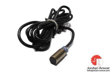telemecanique-XS1-N12PA340-inductive-proximity-sensor